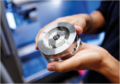 W trzech zakładach w Niemczech firma Minebea Intec produkuje między innymi czujniki wagowe, wagi przemysłowe  i systemy kontroli