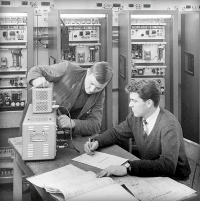 Start wroku 1948. Dr Hans Boeckels tworzy pierwszy detektor metali
